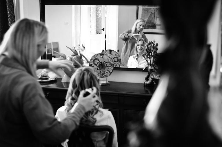 bride hairdresser mirror