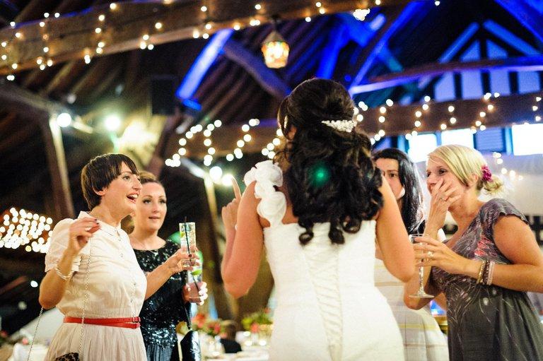 bride with her girlfriends