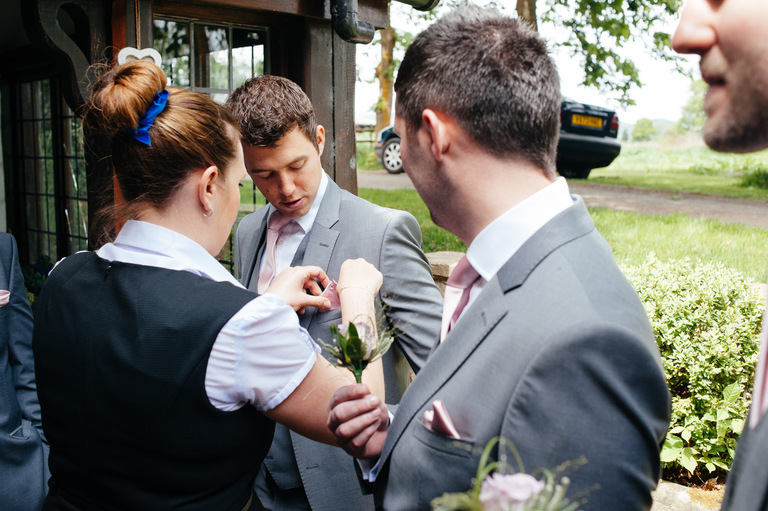 groomsmen button holes