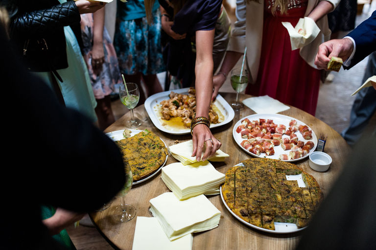 wedding guests eating