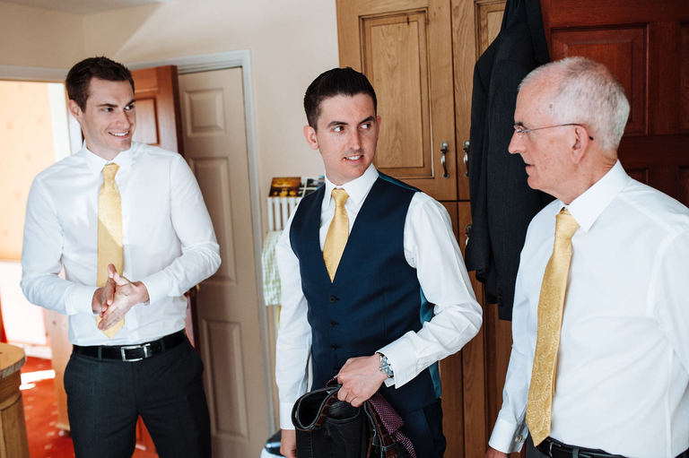 groom prep at parents house