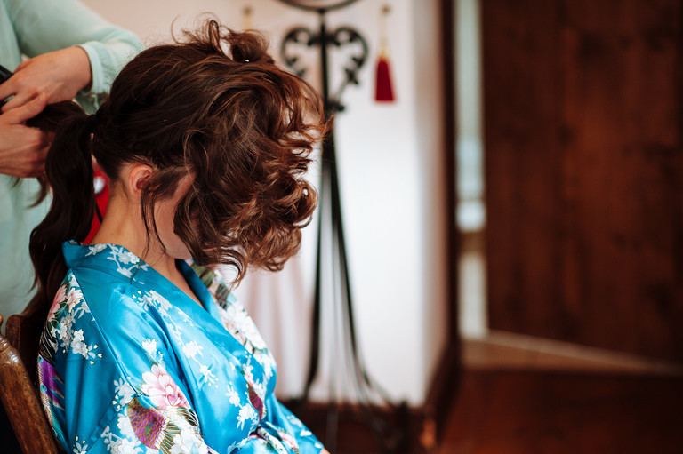 bride hair styling
