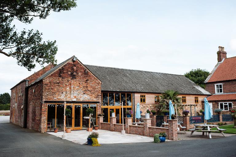 barmsbyfield barns wedding venue