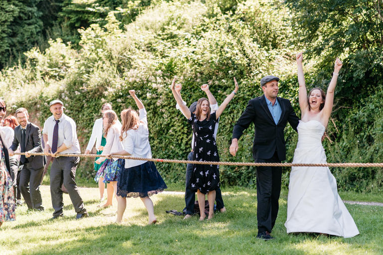 bride wins tug of war