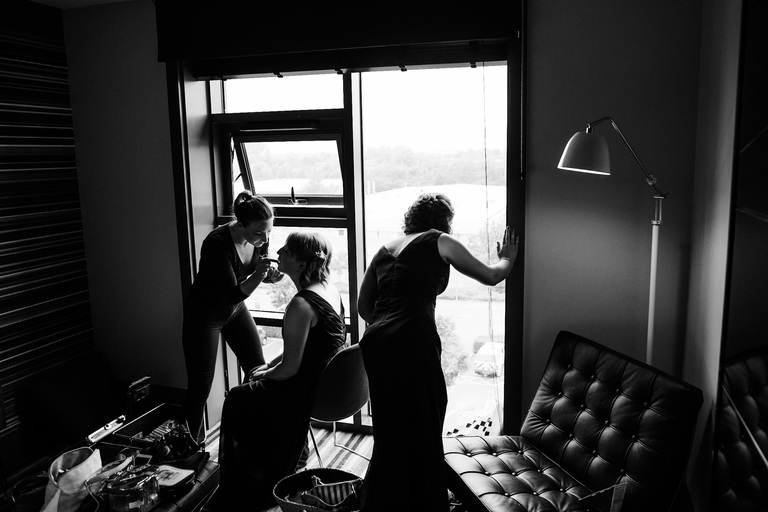 bridesmaids silhouette during prep