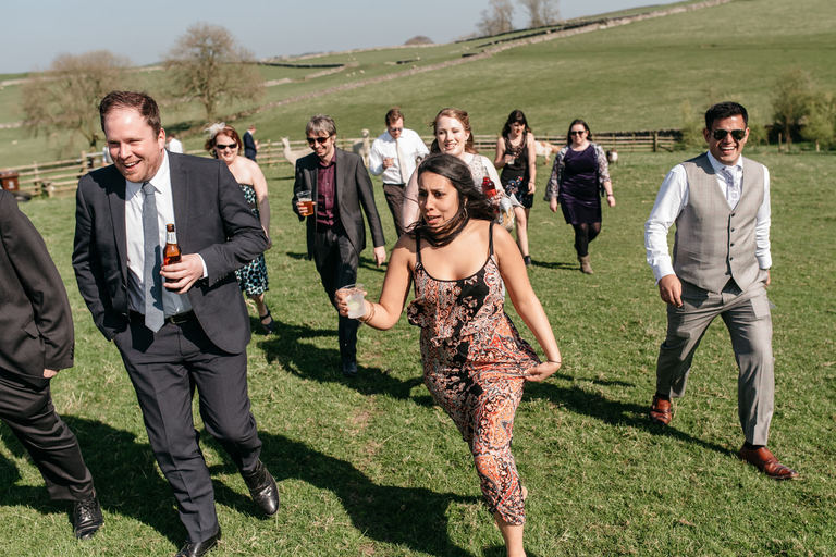 guests running for a treasure hunt
