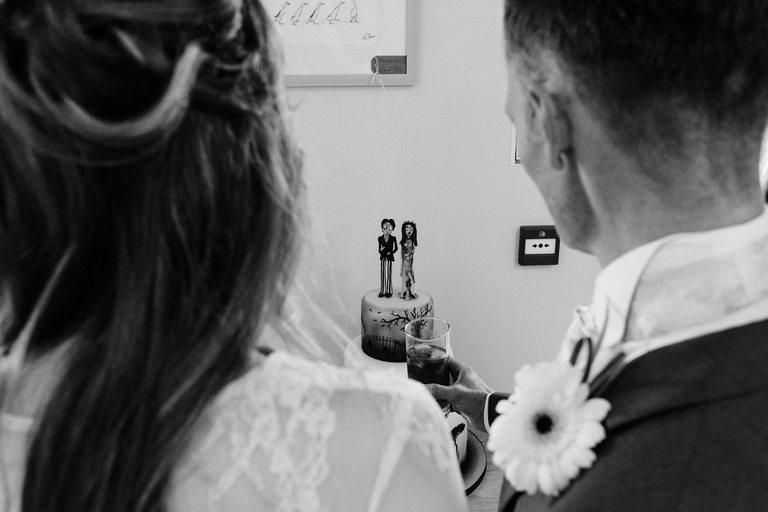 tim burton inspire wedding cake
