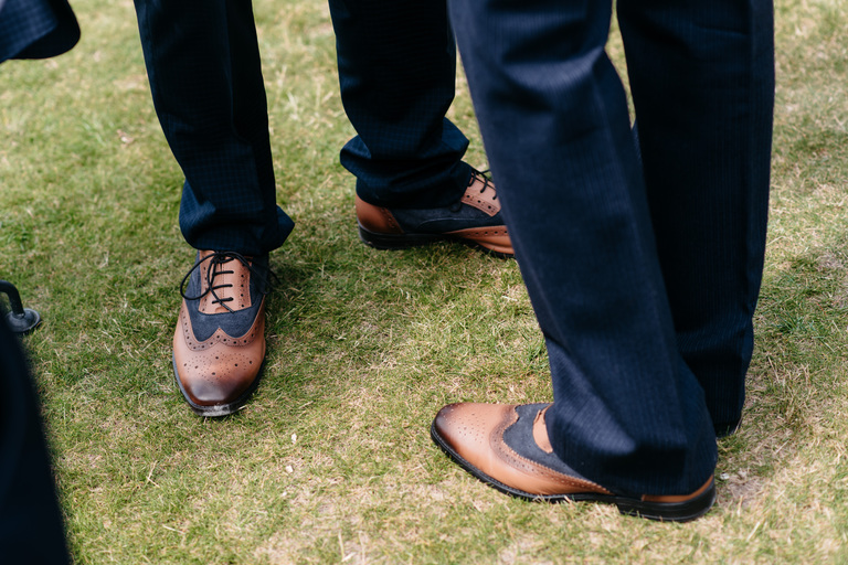 groom and his dad matching shoes