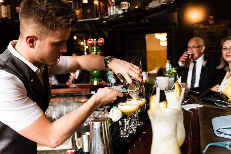 barman preparing cocktails